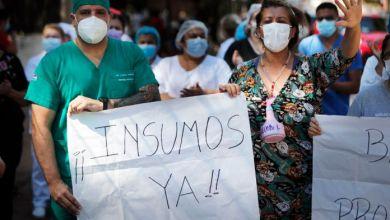 Photo of Desesperante batalla contra el coronavirus en Paraguay