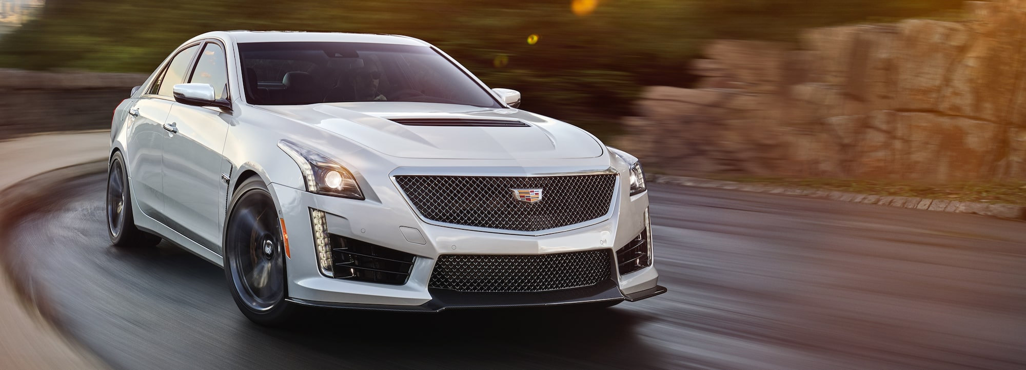 hight resolution of cts v driving on the road