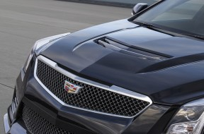 2016-Cadillac-ATS-V-Sedan-017