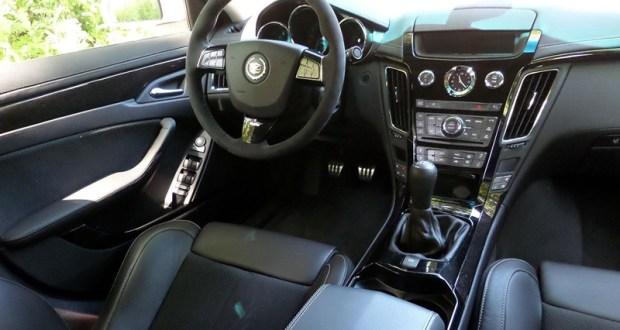 2013 Cadillac CTS-V Sedan Interior