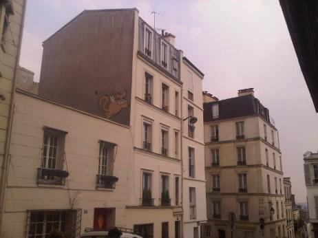 M. Chat, sur les toits de Paris 18e - 14/04/2012