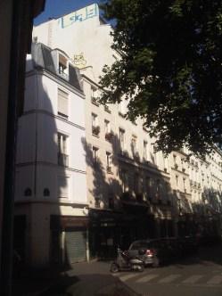 M. Chat, sur les toits de Paris 3e - 18/08/2012