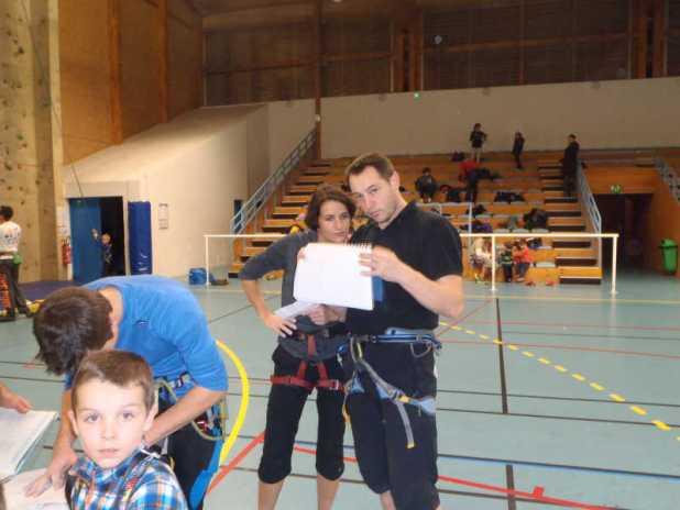Séance escalade en salle au gymnase Cordier club alpin Bagnères-de-Bigorre