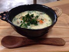 鈴木明美さんの器展で、当店もスープセットに使う器を購入!(^^)