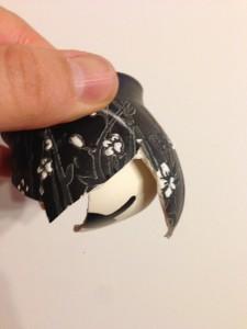 En este cuenco de cerámica roto, podemos observar las dos paredes.