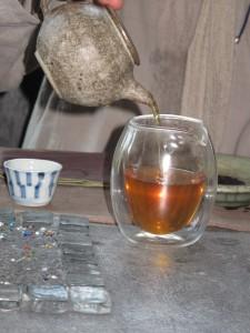Preparando un age Oolong tea