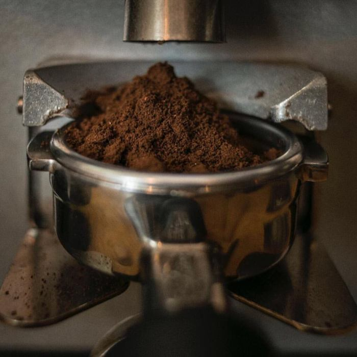 cafe molido en cafetera, bianchi kiosko cafe