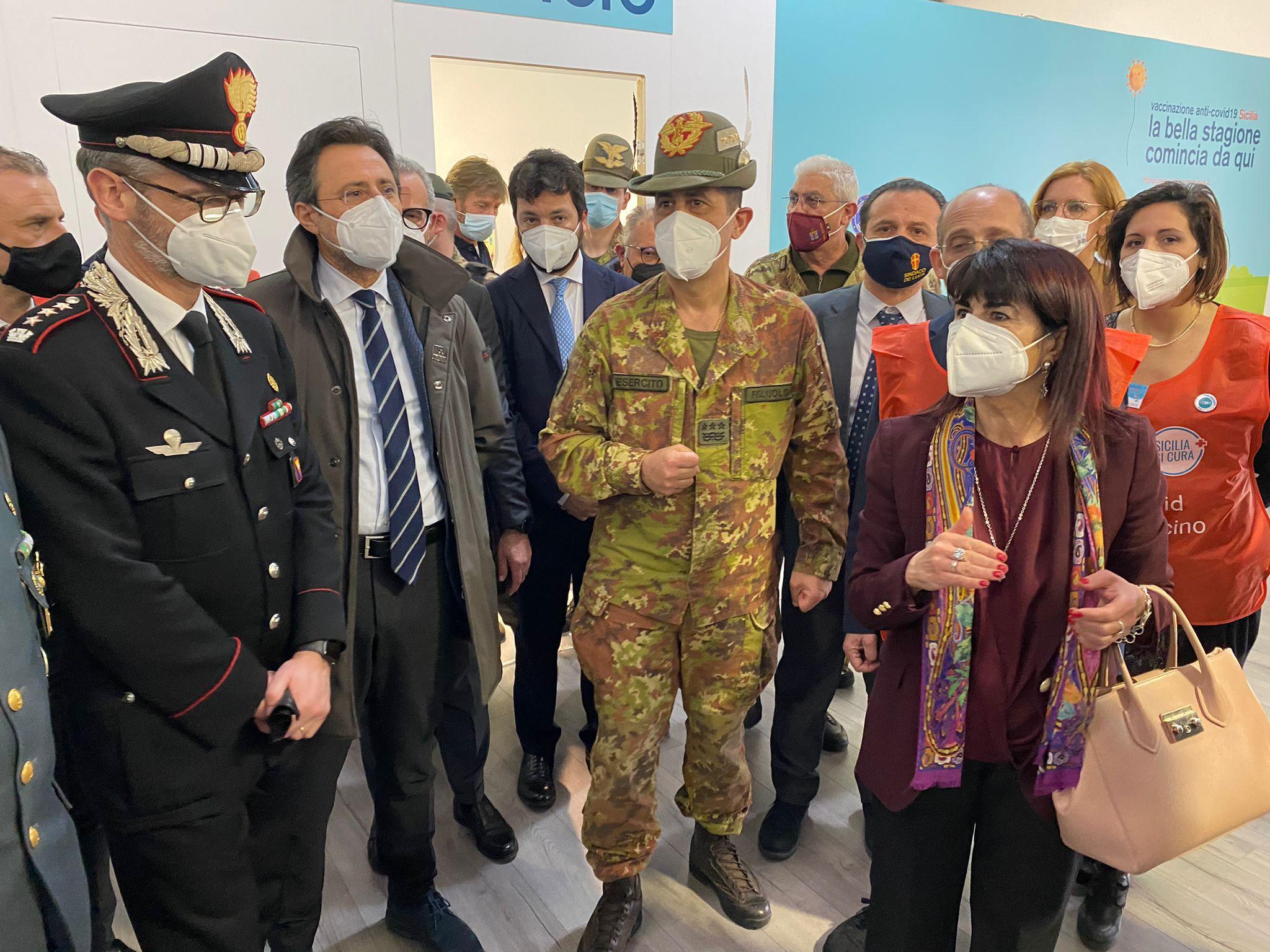 Vaccino, al via da Messina visita in Sicilia del generale Figliuolo –  CafeTV24