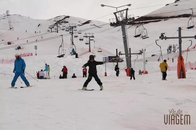 Filhota em suas primeira horas de esqui!