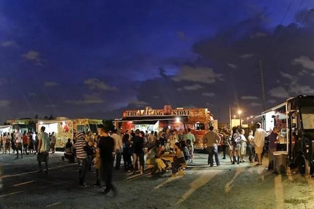Food Trucks . Foto site: http://blogs.miaminewtimes.com/