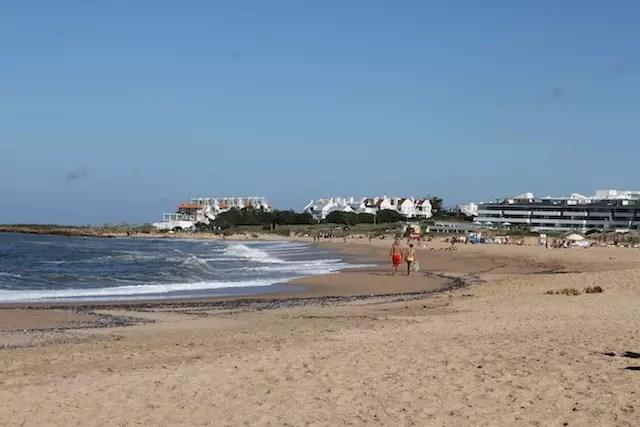 A praia na Páscoa, no parador ao lado do Mantra