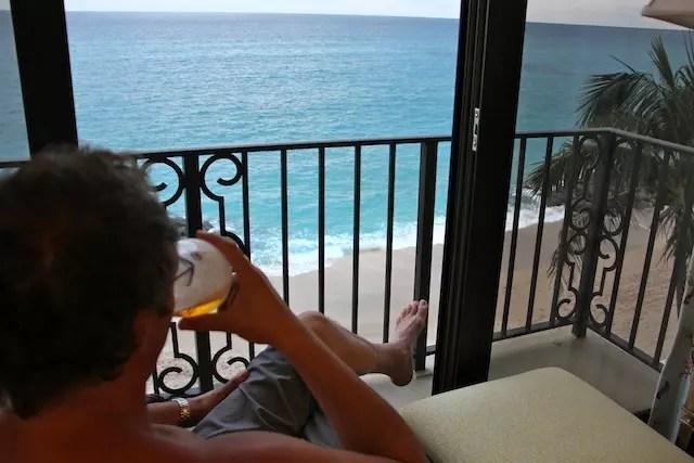 fim de tarde, uma cerveja gelada com esta vista …