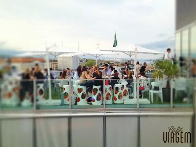 Um pouco da vida noturna de Genebra: o badalado Rooftop 42