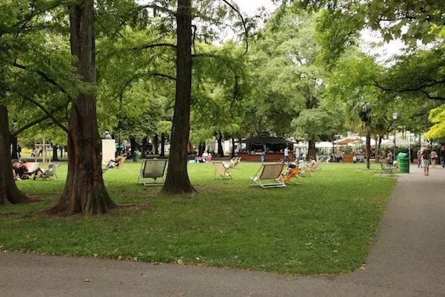 O Parque dos Bastiões, um dos mais centrais dos 20 parques de Genebra