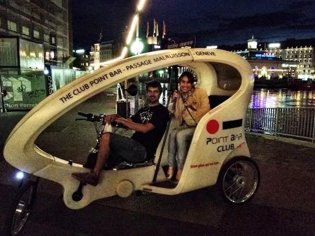 voltinha à noite de taxi-bike!!