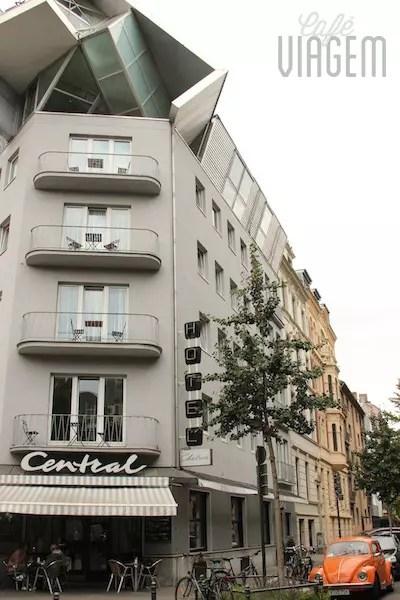 Meu hotel especial no vibrante bairro belga com um café ainda mais especial