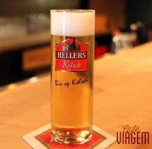 Uma Kölsh orgânica! Onde? Hellers, a cervejaria frequentada pelos universitários: Roonstraße 33