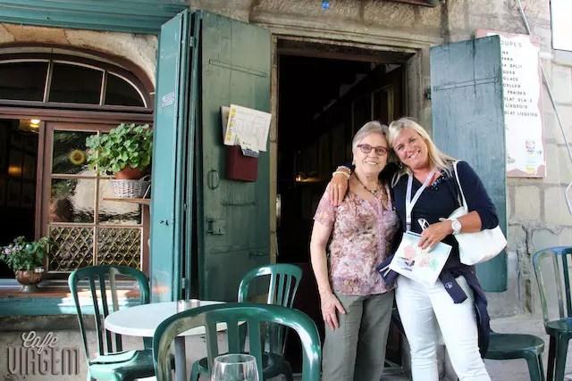 Minha guia Anette em Lausanne e Marta, figura querida da cidade!