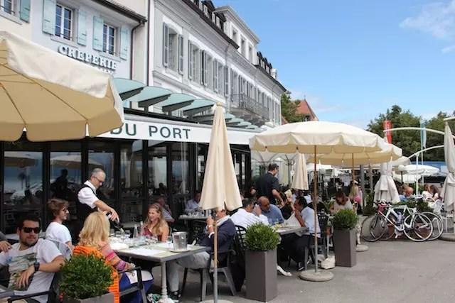 Parada para almoço no restaurante do Hotel Du Port