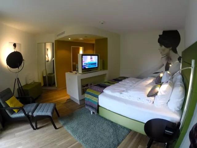 Uma foto mais geral para mostrar o quarto que amei