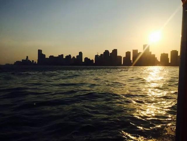 turistando de barco em Miami. É turístico, mas lindo!