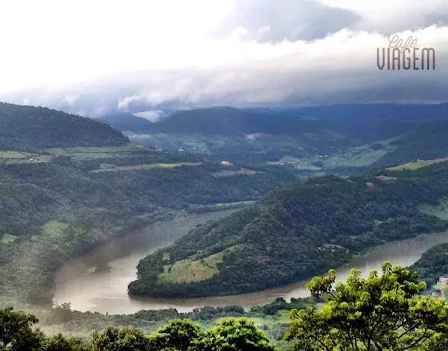 Rio das Antas no trecho que forma a famosa Ferradura. Visual do Mirante da Tenda do Teco, no caminho para o Capitano Brutus