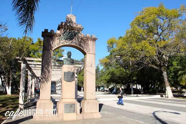 a praça central de São Gabriel
