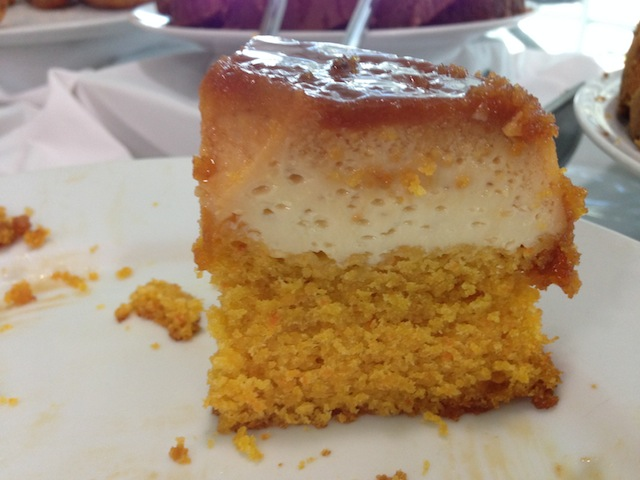 tive que dar um close no bolo-pudim, amei!!