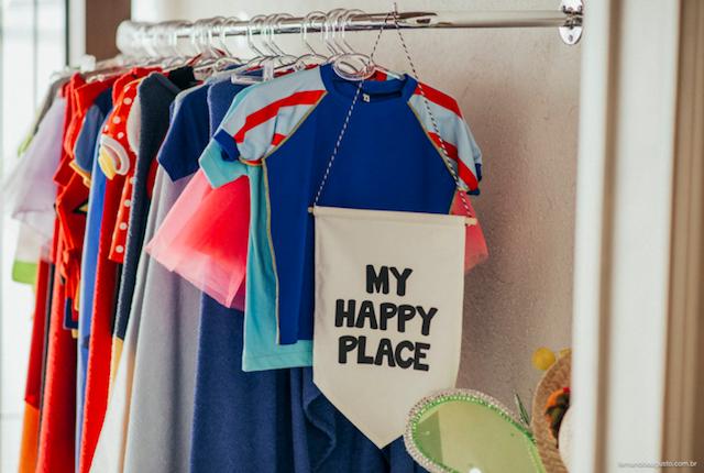 A Tania também tem peças descoladíssimas para as crianças: bolsas, lancheiras, fantasias, tudo uma graça