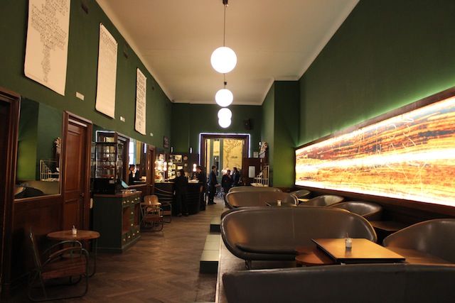Onde comer em Munique The Golden Bar