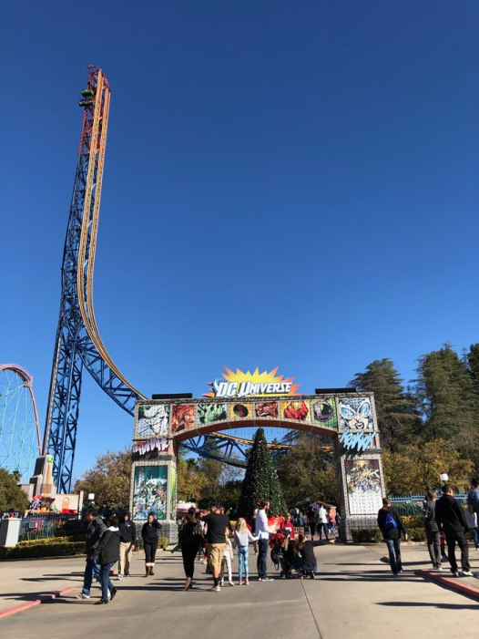 montanhas russa California Six Flags 12