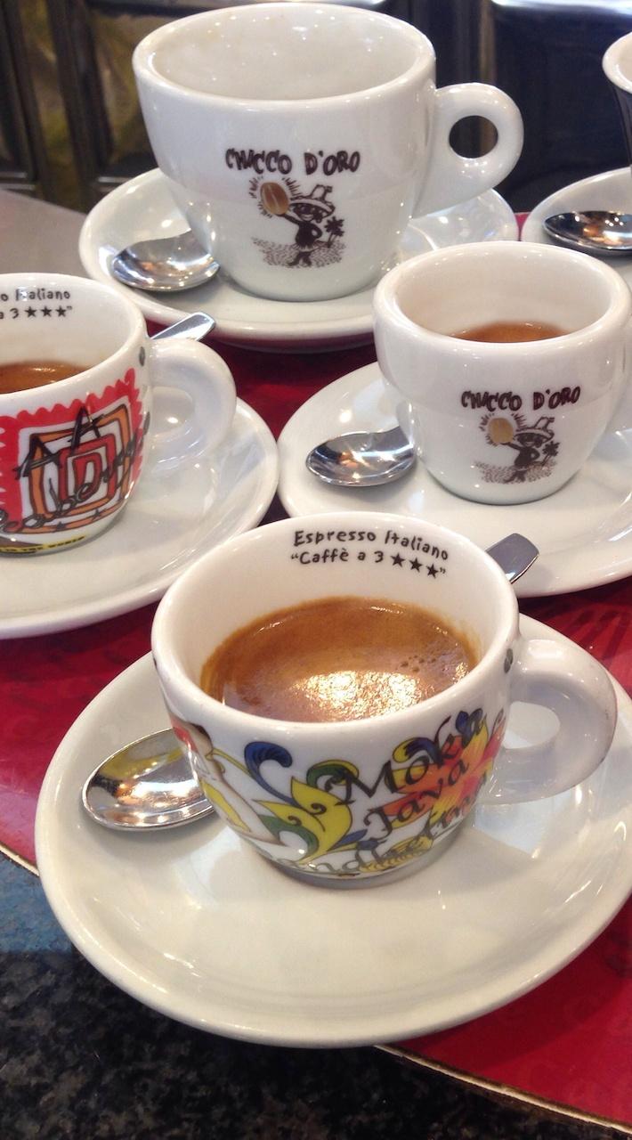 Torrefazione Caffè Chicco D'Oro | La Torrefazione - Tazzine