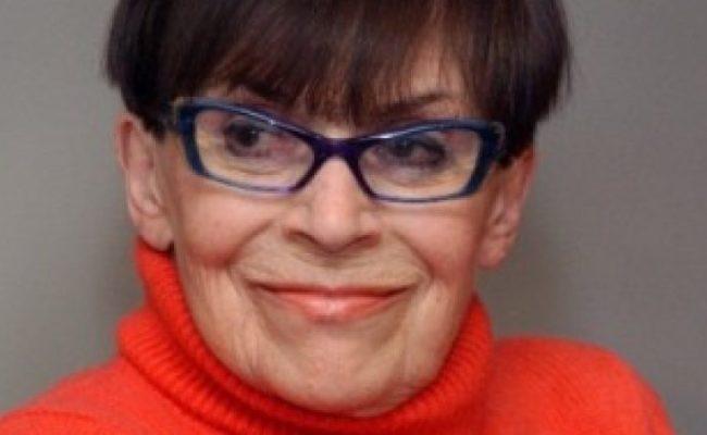 Paola Di Benedetto Età Altezza Misure Vita Privata