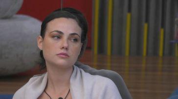"""""""Non mi sento bene"""". Pallida e stanca, Rosalinda Cannavò preoccupa: """"Devo trovare una soluzione"""""""