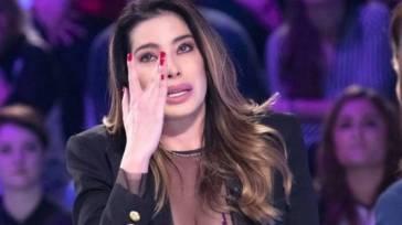 """Aida Yespica, la modella è una furia: l'accusa che circola è pesantissima: """"Ho denunciato"""""""