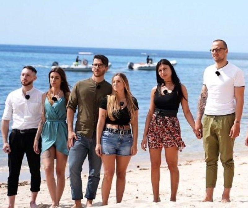 Temptation Island 2021 Jessica Ringraziamenti Tentatrice Carlotta Fidanzato Alessandro
