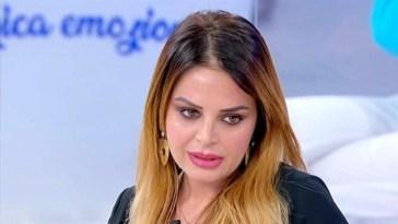 """Roberta Di Padua drastica dopo UeD: """"Non sto bene, mi fermo"""""""