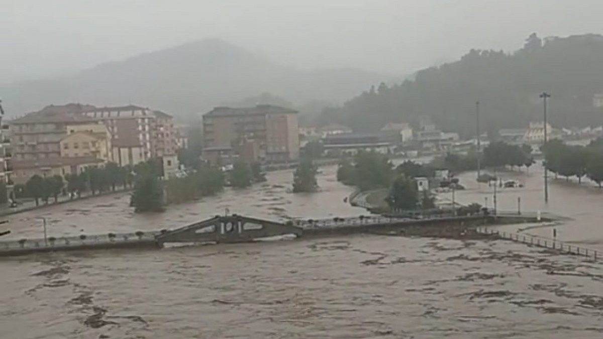 Maltempo Liguria record precipitazioni Cairo Montenotte allerta