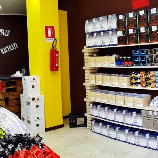 caffeina-store-punto-vendita-carvico-8