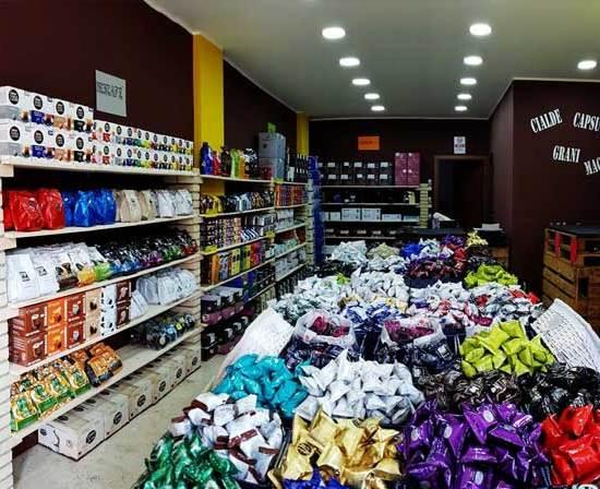caffeina-store-punto-vendita-carvico-thumb-2