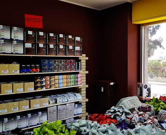 caffeina-store-punto-vendita-carvico-thumb-6