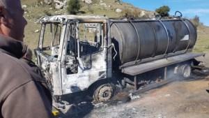 Torralba. Ancora un'autocisterna del latte incendiata in Sardegna