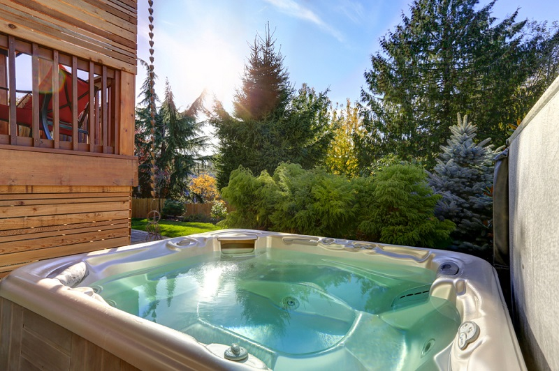 Fantastic Hot Tub Sales in Los Angeles