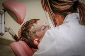 dentist-428645_640