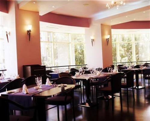 cafenea Hotelul Golden Tulip Times