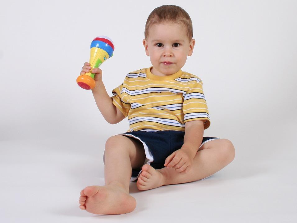 alegerea hăinuțelor pentru copiii cu pielea sensibila