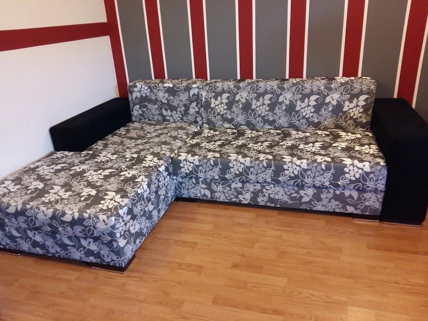 renovare sufragerie dungi verticale pe pereți retapițare canapea