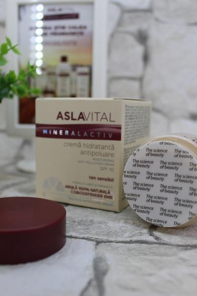 Crema hidratantă antipoluare SPF10 Aslavital Mineralactiv
