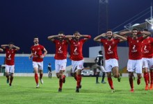 Photo of النادي الأهلي يحتفل بتتويج الفريق الأحمر بلقب الدوري رسميا