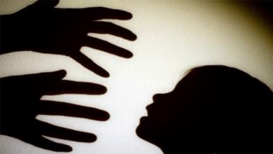 اغتصاب طفل رضيع وضربه أمام أمه حتى الموت